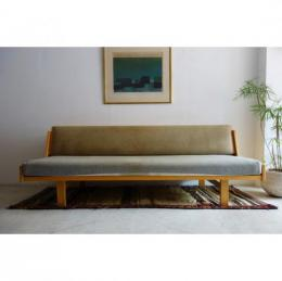 Sold/Daybed/GE-258/Beech