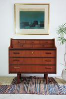 Sold/Writing Bureau