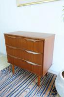 Sold/3drawers Chest